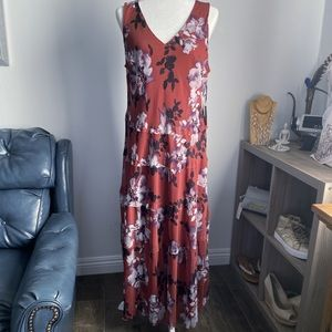 🧡 Simply Vera Size Large Maxi Dress with Ruffles
